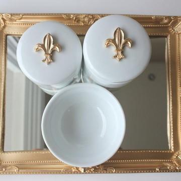 Kit Higiene Flor-de-Lis Dourada
