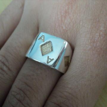 Anel Ás de ouro em prata com detalhes