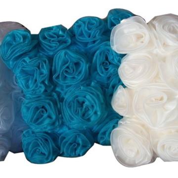 almofada para decoração mini rosas