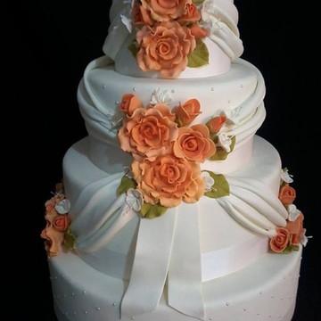 Bolo Casamento Rosas