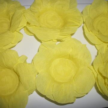 Forma de doces finos flor amarela