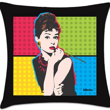 Almofadas criativas Audery Hepburn 45x45