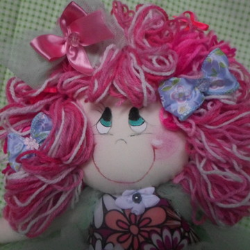 Boneca cabelo rosa mesclado