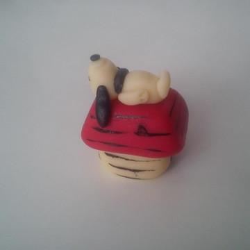 Docinho Modelado Snoopy na casinha