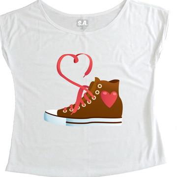 T-shirt Tênis Coração