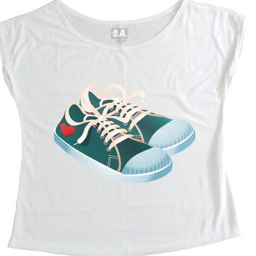 T-shirt Sapatos