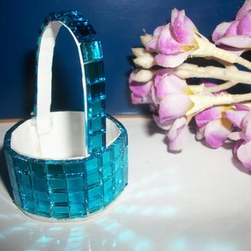 Forma espelhada de doces azul turquesa