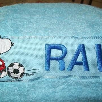 Toalha bordada de mão - Snoopy