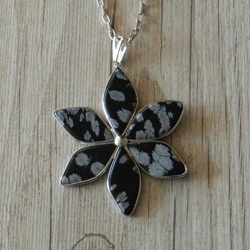 Silver Colar Flower Obsidiana Floco