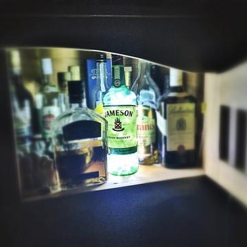 Luminária de garrafa Jameson Whiskey