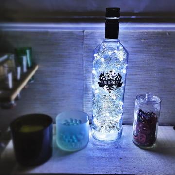 Luminária de garrafa Smirnoff Black