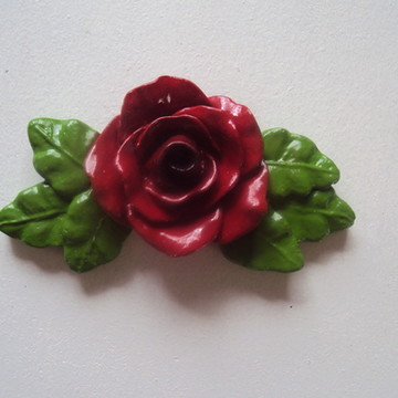 Puxador Rosa Vermelha Arabesco