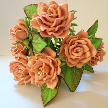 Rosas em E.V.A (rosa e botão)