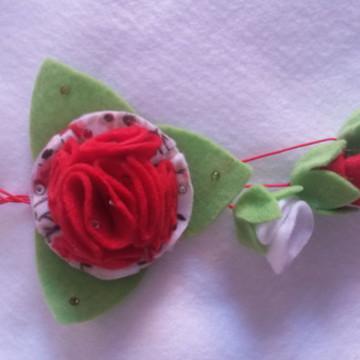 chaveiro em feltro de flor