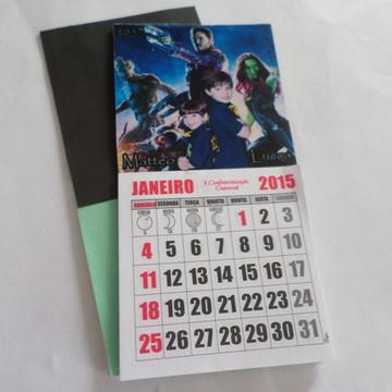 Imã com calendario
