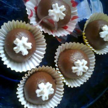 Mini trufas de chocolate recheada(cento)