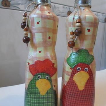 Kit 2 garrafas decoradas galinhas