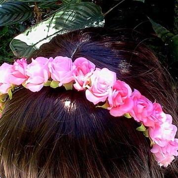 Tiara rosas pequenas