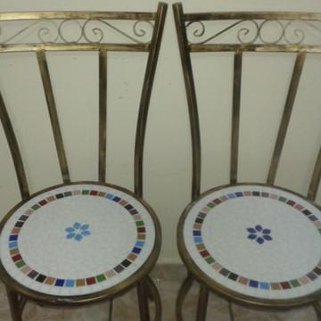 Cadeiras com Assento em Mosaico Encanto