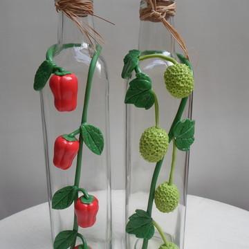 Kit garrafas decorada com biscuit