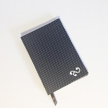 Caderno Poá Preto e Branco
