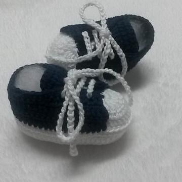 tenis em croche para bebe azul marinho