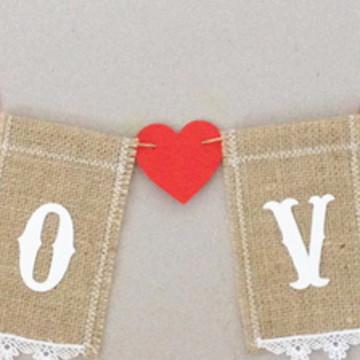 Varal Rústico Love