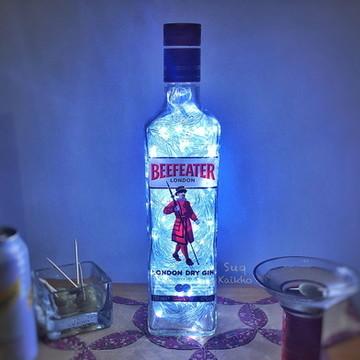 Luminária de garrafa Beefeater Gin