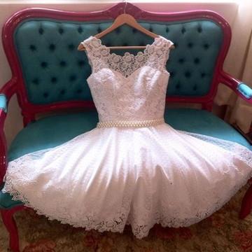 Vestido de noiva curto romântico vintage