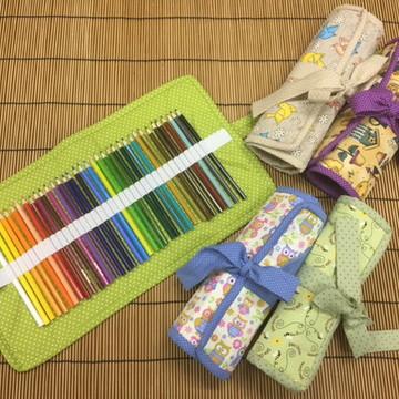 Porta-lápis de cor