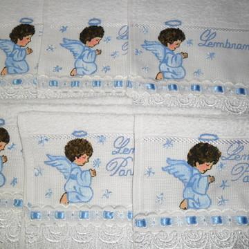 Toalha Batizado Anjinho Moreno azul