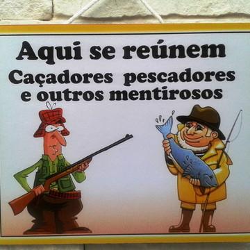 Placa Caçadores Pescadores Mentirosos