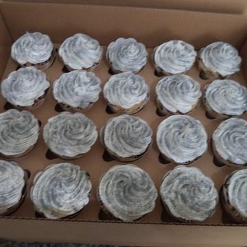 Cupcakes - Cobertura Alta com Pó Pratead
