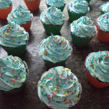 Cupcakes - Cobertura Alta na Cor Azul