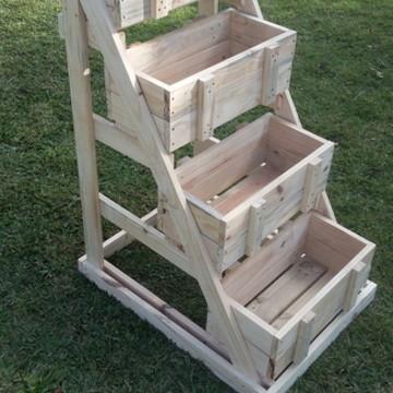 HORTA/JARDIM VERTICAL com 4 caixotes removíveis-madeira crua
