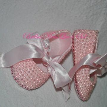 Sapatilha de perolas rosa com Cristal