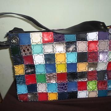 73b1c8d496 Bolsa feminina em couro artesanal