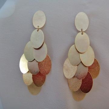 Brinco de pingentes ovais dourados Andaluz