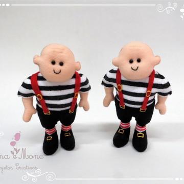 Irmãos Gêmeos - Tema Alice em Feltro