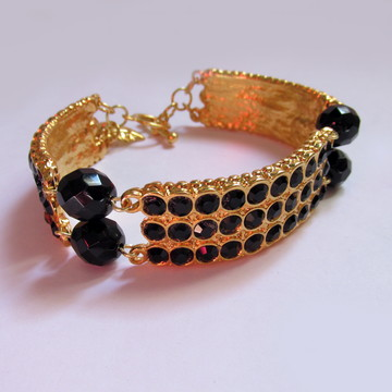 Bracelete Dourado com Strass