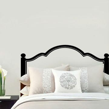 Decoração de quarto com cabeceira de cama de casal