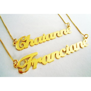 2 Colares com Nome Dourado