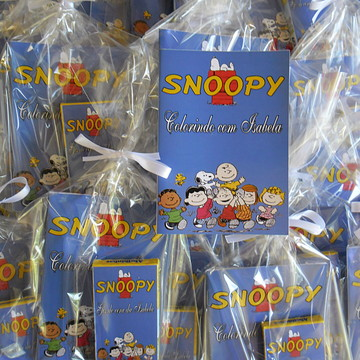 Lembrancinha mini kit colorir snoopy