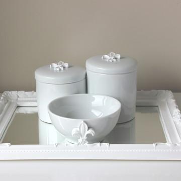 Kit Higiene Flor-de-Lis Branca