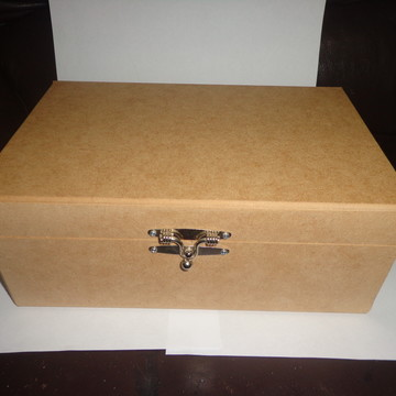 Caixa de MDF com fecho