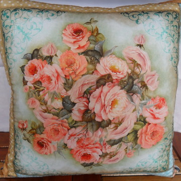 Capa Almofada'Rosas -Grande