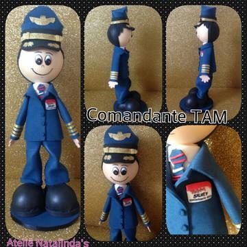 boneco piloto ou comissario TAM