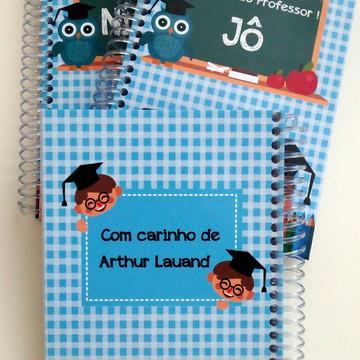 Caderno Dia do Professor Azul Menino