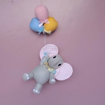 Elefante suspenso - circo rosa