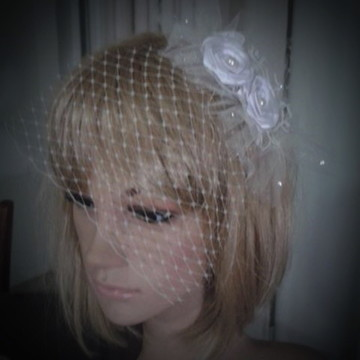Mini voilette fascinator noiva